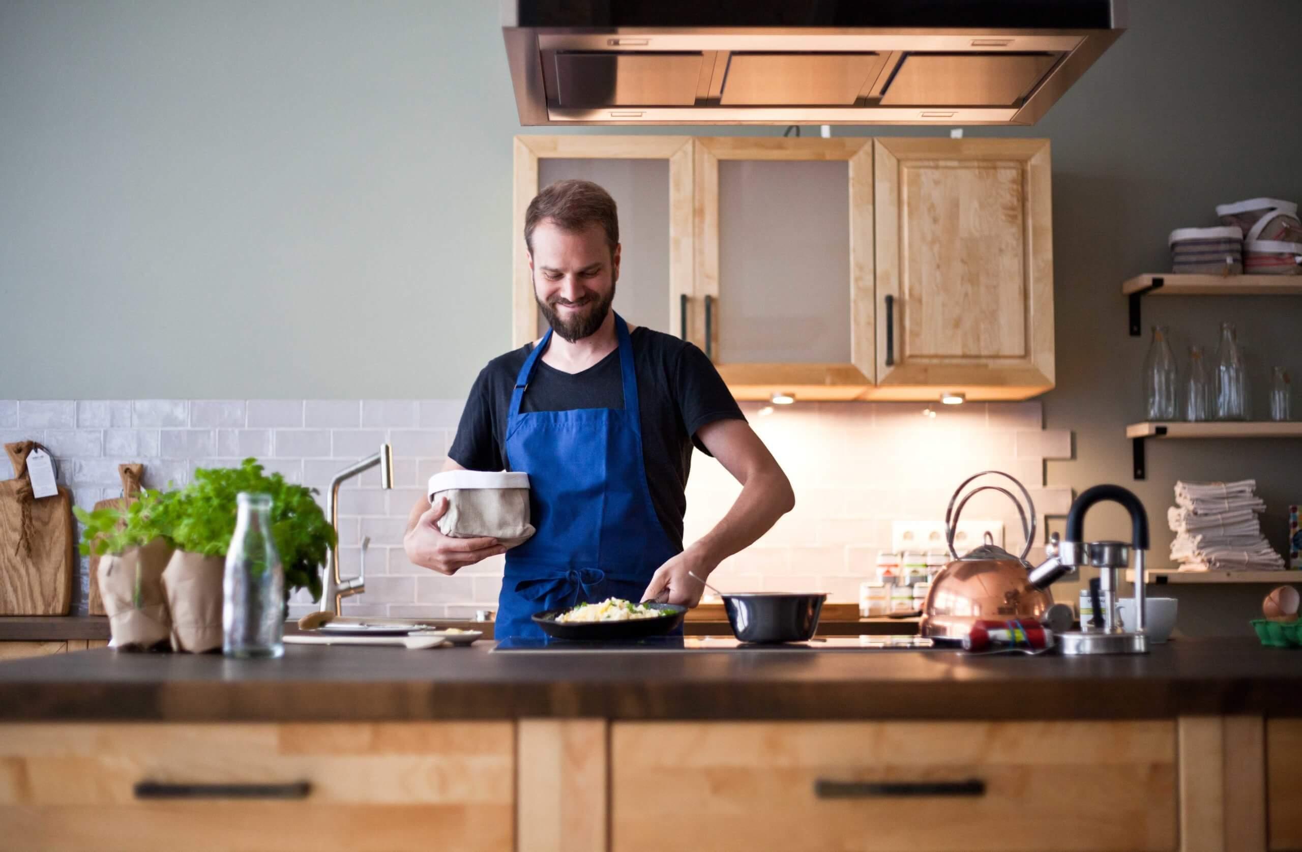 kitchen_impossible_echtholz_nachhaltig_fair_massivholz_kueche_skandinavisches_design_made_in_berlin3